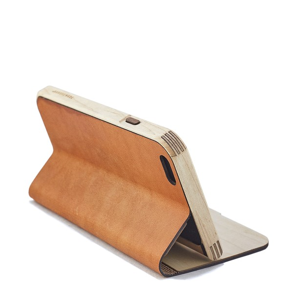 Maple & leather iPhone 6 case