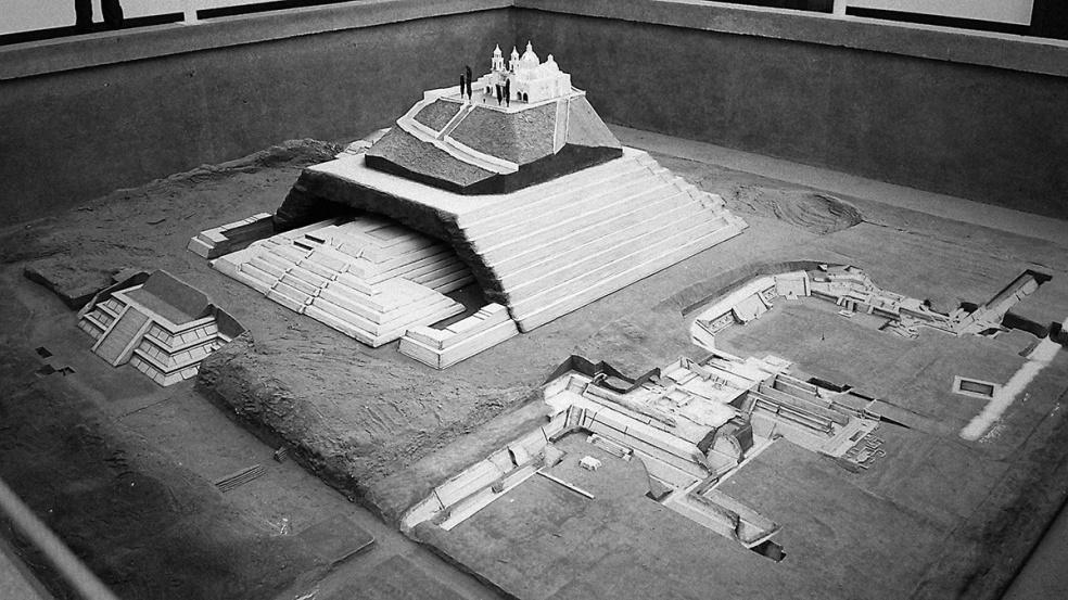 Great Pyramid of Cholula model