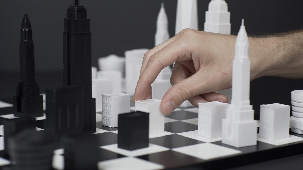 Skyline Chess NYC - in play