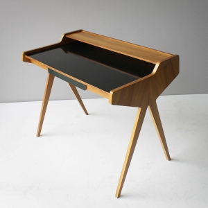 Helmut Magg desk
